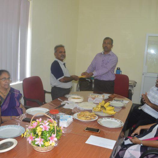 Felicitating Sunil Chitrasena